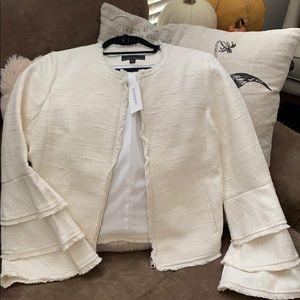 Gorgeous bell sleeve zip jacket!